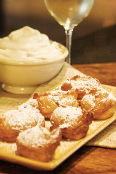 cooking_0612_applezeppole